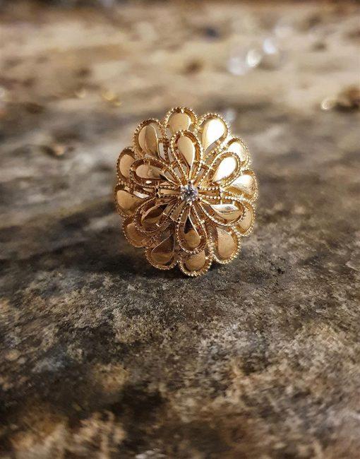 altın çiçek yüzük modelleri
